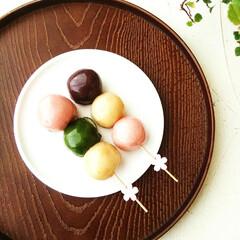 桜/あんこ/ピック/最近買った100均グッズ 並べたあんこ玉に、桜がついた楊枝(竹串)…