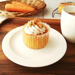 にんじん/カップケーキ/シナモン/わたしの手作り にんじんを2割配合したカップケーキを焼き…