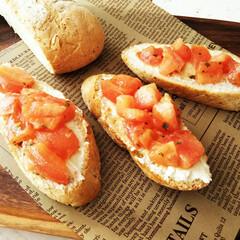 わさび/ブルスケッタ/わたしのごはん/トマト/クリームチーズ ハウス食品の調味料「わささんしょう」(わ…