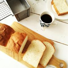 食パン/朝食/わたしのごはん 朝食には、やっぱり食パン。 他のパンを焼…