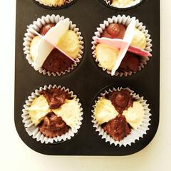 雑貨だいすき/カップケーキ/ココア/プレーン ひとつ前の写真のケーキを焼く前の状態です…