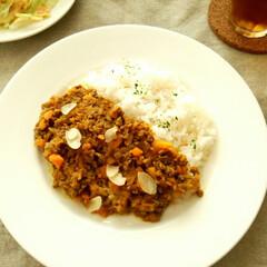 カレー/キーマカレー/アーモンド ひき肉や冷蔵庫の残り野菜を使って作った、…