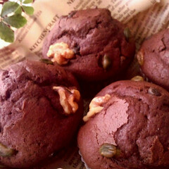 マフィン/ナッツ/チョコ かなり前に焼いた、チョコとナッツのマフィ…