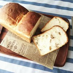包丁 グローバル パン切り G-9 選べるオマケA特典 | グローバル(パン切りナイフ)を使ったクチコミ「はちみつと和くるみのミルク食パン。 好き…」