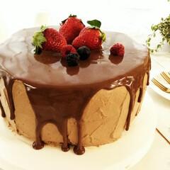 チョコレート/ケーキ/記念日 先日結婚記念日を迎えたので、ケーキを作り…