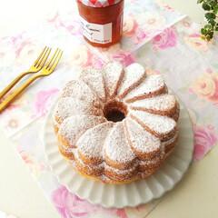 フィカス・プミラ・サニーホワイト | chanet(観葉植物)を使ったクチコミ「手元に美味しい米粉が届いたので、米粉と米…」