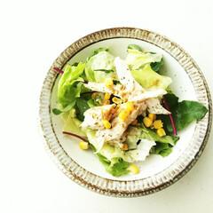 サラダ/クミンパウダー/レタス/サラダチキン/ベビーリーフ 最近はノンオイルのレモンドレッシングをか…