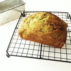 抹茶/パウンドケーキ/ブリキ 抹茶のパウンドケーキをつくりました。 や…