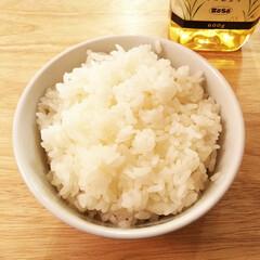 米油/炊飯 最近、お米一合につき米油を小さじ1/2の…