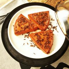 クミン/チーズ/燻製/令和元年フォト投稿キャンペーン クミンをまぶしたチーズを燻製しました。 …
