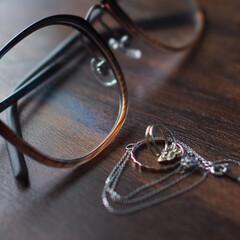 メガネ/アクセサリー/ピンキーリング/はじめて投稿したよ! 視力が少し悪いのでメガネは必需品ですね.…