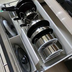 T-fal インジニオ ネオ IHステンレス エクセレンスセット9 ティファール | ティファール(圧力鍋)を使ったクチコミ「我が家のフライパン収納😊  ニトリのフラ…」