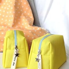 星好き/星/マチ付きポーチ/黄色/イエロー/ポーチ/... 今年の夏は、元気が湧いてくるレモンイエロ…