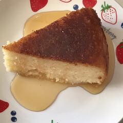 炊飯器で作るケーキ 米粉のパンケーキ粉で塩分バター沢山入れて…(1枚目)