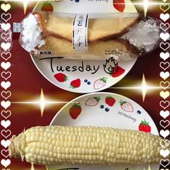 今日のおやつ 今日のおやつはまるごとバナナとトウモロコ…