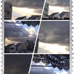 神秘的な空 この空は寒さをもたらしている雲だな‼️ …