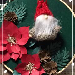 クリスマス飾り/セリア セリアで小人サンタ買ってハンドメイドした…