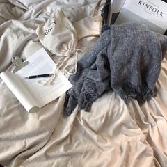 洋書/KINFOLK/韓国インテリア/寝室/ベッドメイキング/おうち時間/... 𝚐𝚘𝚘𝚍 𝚖𝚘𝚛𝚗𝚒𝚗𝚐    何にもし…
