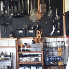 キッチンリメイク/有効ボード/タイル柄壁紙 キッチンの壁紙を追加して貼りました。  …