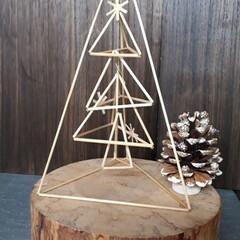 ヒンメリ/ツリー 去年教えてもらって作ったツリーのヒンメリ…