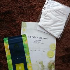 アロマdeマスク | AROMA de mask(アロマグッズ)を使ったクチコミ「手持ちのマスクにペタッと貼るだけ。 仕事…」(1枚目)