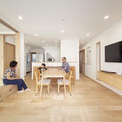 自然素材/無垢材/健康住宅/家族/子育て/暮らし/... . ~小上がりの畳スペースや  造作のP…