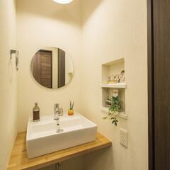 自然素材/無垢材/無垢杉の床/完全自由設計/注文住宅/アローズホーム/... . ~照明や丸鏡、ニッチの雑貨など  セ…