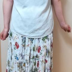 おしゃれ/最近のコーデ/暮らし/お家でもオシャレ 白色のブラウス…楽天 花柄のスカート→ユ…