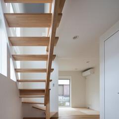 インテリア/北欧インテリア/不動産・住宅/住まい/スケルトン階段/和モダン/... コンパクトで可愛い家 和室、ワークスペー…