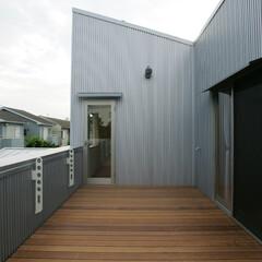 テラス/ガーデニング/住まい/不動産・住宅/建築/建築家/... 3つのテラスがある家 ウッドデッキテラス