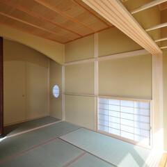 和モダン/和室/縁側/洗濯干し場/インテリア/住まい/... 丘の上の木薫る家 和モダンの和室と縁側、…