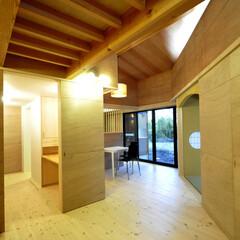 インテリア/北欧インテリア/自然素材/無垢フローリング/住まい/建築/... 丘の上の木薫る家 ぐるりと廻れる回遊性の…