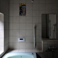 インテリア/風呂/バリアフリー/バスタブ/陶板/タイル/... 陶板と景色とバリアフリーのお風呂にリフォ…
