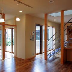 インテリア/中庭/中庭テラス/リビングダイニング/和モダン/北欧インテリア/... 3つのテラスのある家 中庭テラスとリビン…