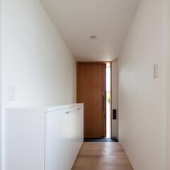 インテリア/玄関/ポーチ/土間/下駄箱/靴入れ/... コンパクトで可愛い家 玄関、造作木製外付…
