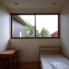 インテリア/住まい/無印良品/勾配天井/新築/ハイサイドライト/... 縁側でのんびり暮らす家 大きな窓の個室
