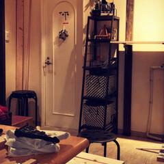 ディスプレイ棚/簡単/おしゃれ 飾り棚を作ってみました。 2×4の突っ張…(5枚目)