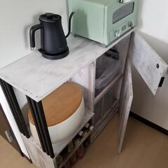 キッチンカウンター/レンジ台/ゴミ箱/収納棚 キッチン棚の作成。トースターとケトルを置…