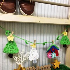 モチーフ/ガーランド/アクリルたわし/毛糸/編み物/玄関/... クリスマスガーランド  インテリアはダイ…