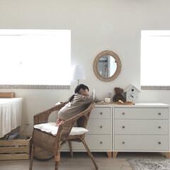 ブラウンインテリア/ホワイトインテリア/ラタンチェア/IKEA家具/ラタンミラー/リビングチェスト/...