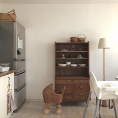 ダイニングインテリア/暮らしを楽しむ/暮らしを整える/食器収納/食器棚/unico/... unicoのカップボード   ガラス扉を…