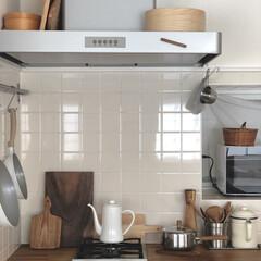 暮らしを楽しむ/暮らしを整える/ヴィンテージ雑貨/北欧ヴィンテージ/ナチュラルインテリア/IKEAキッチン/... キッチンの飾り棚を外しました!  かなり…
