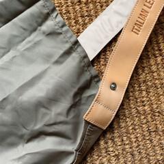 シンプル/暮らしを楽しむ/エコバッグ/節約/レジ袋有料化/買い物バッグ/... 愛用中のお気に入りのもの。  革の持ち手…(2枚目)