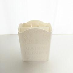 ダイソー/収納ボックス/100均/コスメボックス/小物ボックス ダイソー商品で私が愛用しているのは「フレ…