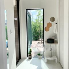 洗面/IKEA/サンワカンパニー/玄関インテリア 玄関には小さくてもいいので、 手洗い場…
