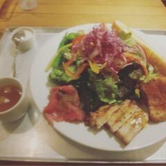 「新鮮野菜cafe ごちそうサラダ🥗🥗🥗🥗…」(1枚目)