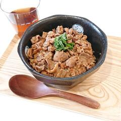 三井製糖/スプーン印 上白糖 1kg×20袋(上白糖)を使ったクチコミ「今日のランチ 豚こまのしぐれ煮丼  作り…」