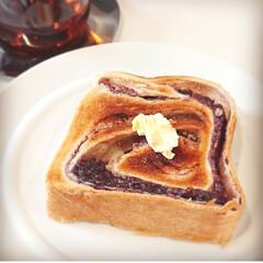 キントー カップ ユニティ ガラス S 8290   キントー(コップ、グラス)を使ったクチコミ「今日の朝食は あん食を厚切りにしたトース…」