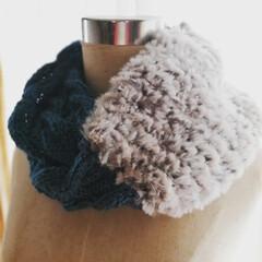 縄編み/棒針編み/ハンドメイドスヌード 縄編みのスヌード 表も裏も縄編み模様が入…